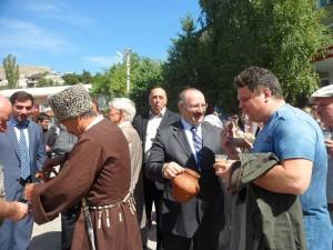 Хлебосольная встреча в Гунибе