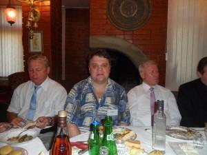 С татарским поэтом, лауреатом Госпремии России, членом Совета по культуре при Президенте РФ, Ренатом Харисом в доме Расула