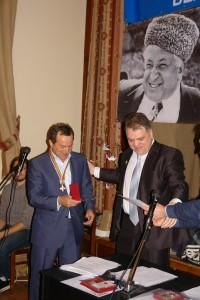 Награда Руслану Курбанову