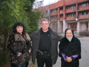 В Переделкино. С дагестанскими писателями.